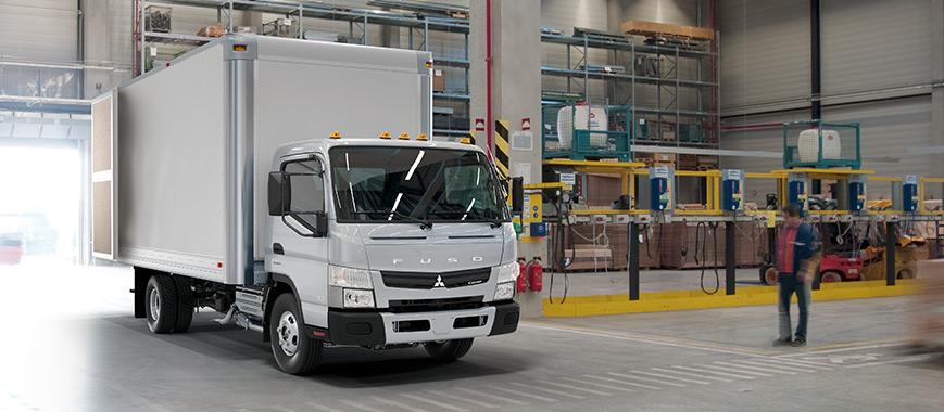 Mitsubishi Fuso Box Truck